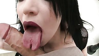 Aspid with huge jugs gets her mouth destroyed by sturdy worm of Rocco Siffredi